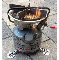 COLEMAN Exponent Feather 442 Dual Fuel Stove (Silver) used GWO